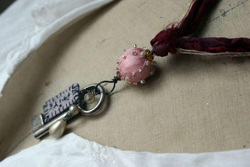 Filler-priye-necklace