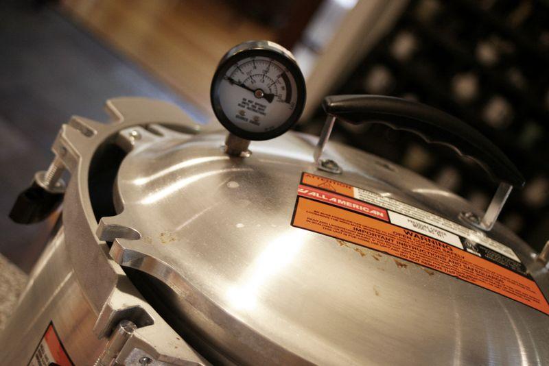 Pressure-cooker