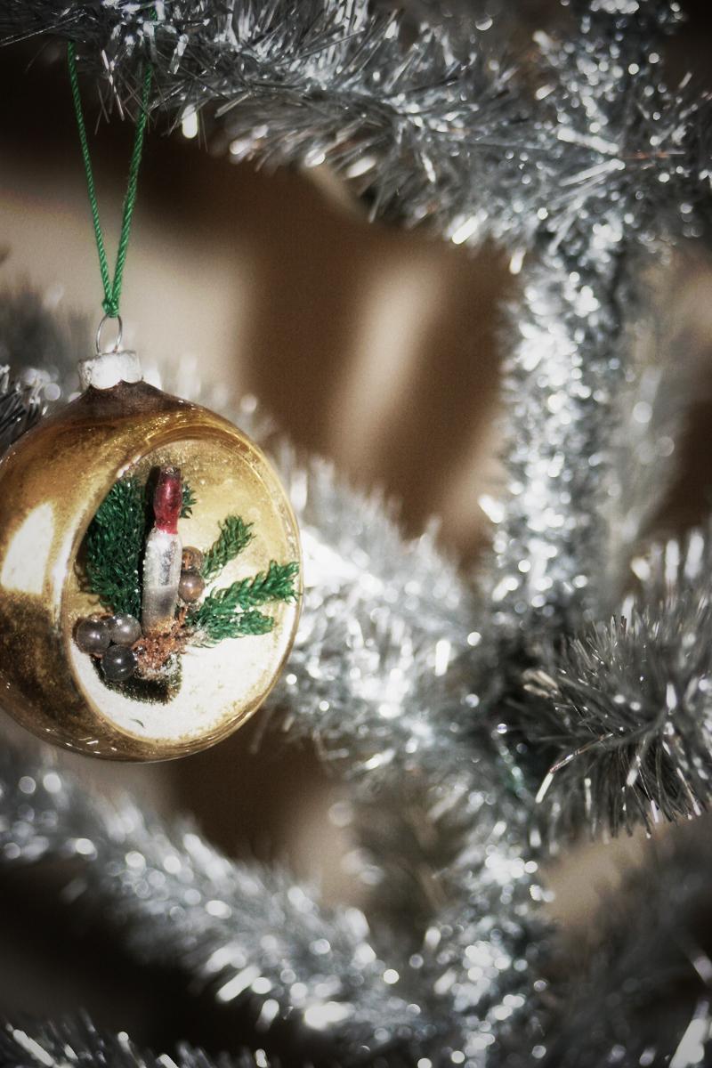 Quiet-christmas-ornament