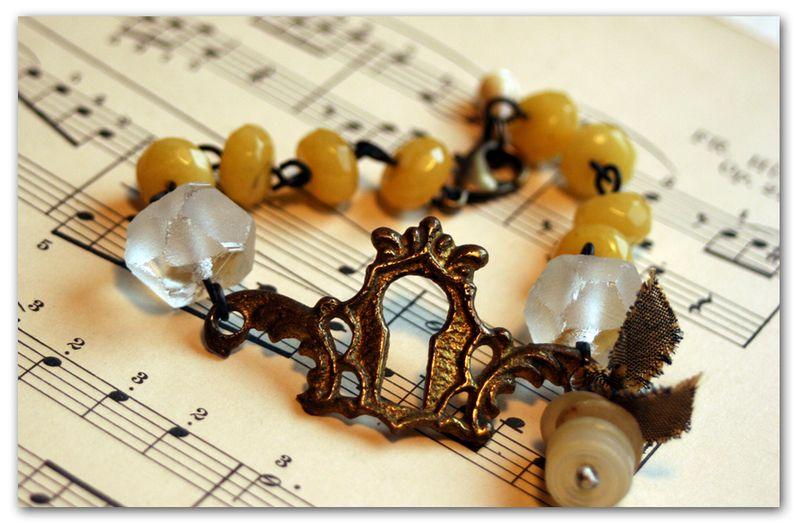 Brass-and-buttons-bracelet