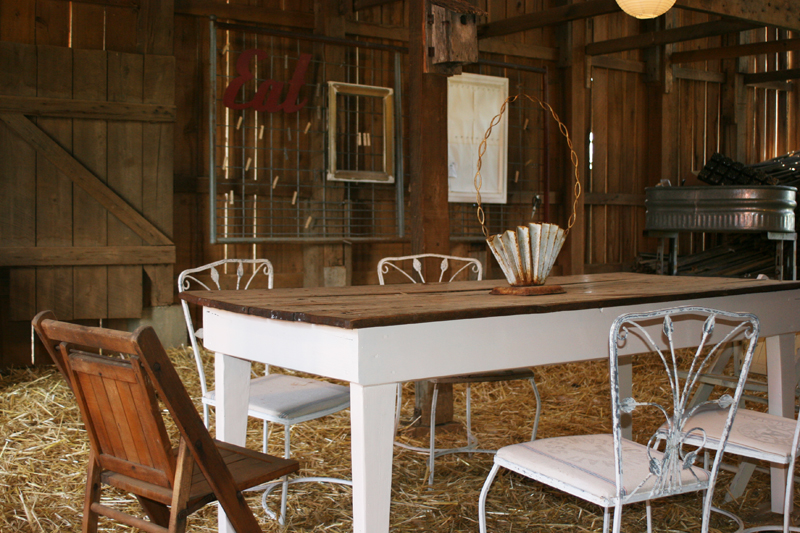 Barn-table
