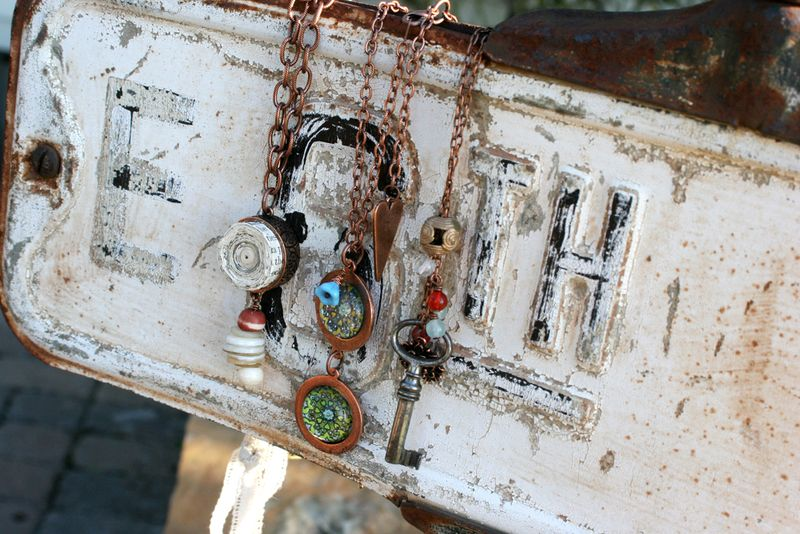 Nunn-necklaces-02