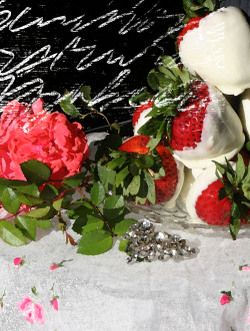 Berries_and_roses_2